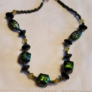 "16"" Green Plastic Bead Strand Collar Necklace"